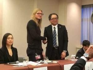 Kobayashi (D) disse que variação recente de preço não era sua responsabilidade