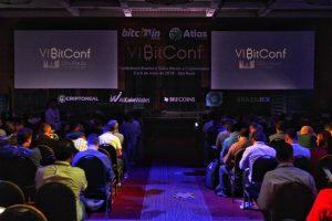 Auditório cheio no evento sobre criptomoedas (Fotos:  Portal do Bitcoin)