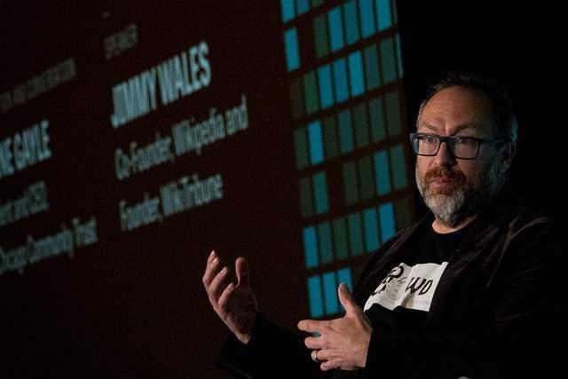 Jimmy Walles durante conferência de tecnnologia (Foto: Angel Valentin/Flickr)