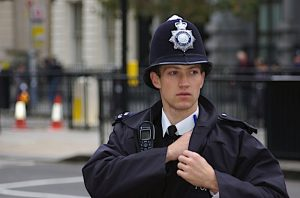 Policial britânico (Foto: Southbanksteve from London/Wikimedia)