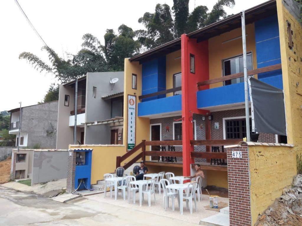 Além de aceitar criptomoedas, nome do local é Hostel do Bitcoin (Foto: Divulgação)