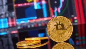 Bitcoin volta a subir após alguns dias operando em baixa (Foto: Shutterstock)