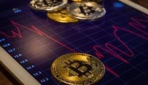 Bitcoin voltou ao patamar de setembro de 2017 (Foto: Shutterstock)