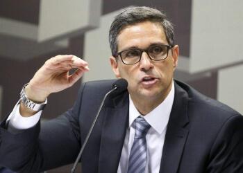 Banco Central se reunirá hoje com Facebook para debater proibição do WhatsApp Pay