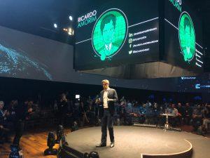 """""""Nunca recomendei a empresa"""", diz economista Ricardo Amorim sobre palestra em evento do Bitcoin Banco"""
