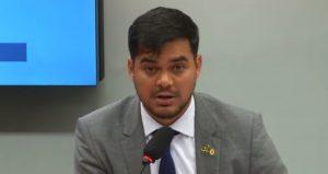 Deputado relator de projeto de lei sobre criptomoedas vence na Justiça processo contra fake news