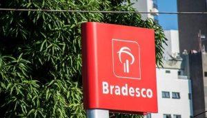 Apps do Itaú, Bradesco e Santander ficam fora do ar em dia de cadastro no PIX
