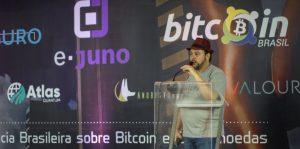 Organizador da maior conferência de bitcoin do Brasil é processado por ex-sócios