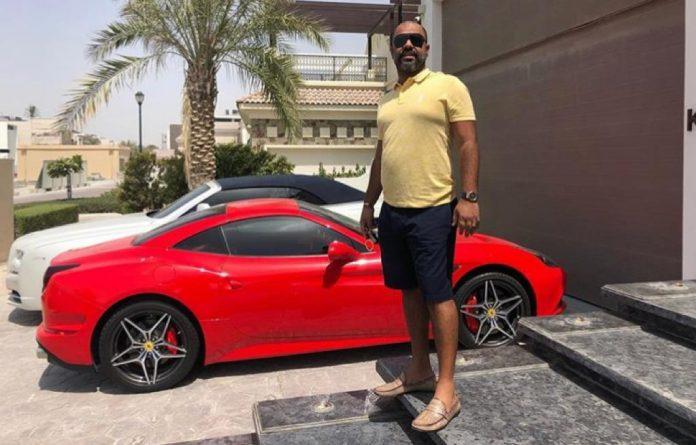 Homem pedia R$ 83 mil de golpista que leva vida de luxo em Dubai mas perde ação na Justiça