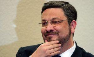 Criador da Atlas Quantum deve R$ 61 mil de aluguel em imóvel de ex-ministro de Economia do PT