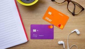 Cartões do Nubank e Banco Inter (Foto: Shutterstock)