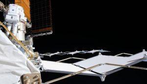 Astronauta recebe bitcoin enviado via satélite para o espaço