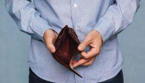 Dono de empresa proibida pela CVM de captar clientes some e dá calote na própria família
