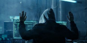 """""""Era de ouro da dark web acabou"""", dizem Europol e FBI após prisão de 179 pessoas"""