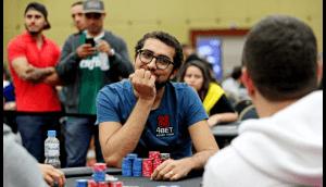 Brasileiro entra no Guinness após ganhar US$ 1 milhão em bitcoin em torneio de poker