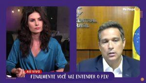 Nathalia Acuri e Roberto Campos, do BC durante live (Foto: Reprodução/Youtube)