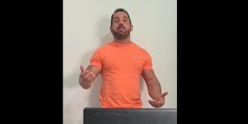 Vinicius Ibraim em vídeo no qual tenta se explicar (Foto: Arquivo Pessoal)