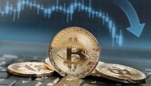 Aumento de bitcoins transferidos para exchanges pode estar por trás de queda no preço