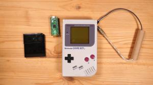 Game Boy usado para criar a mineradora (Foto: Reprodução)