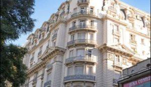 Prédio onde fica o apartamento. (Foto: Divulgação)