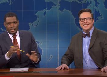 Elon Musk durante o Saturday Night Live (Foto: Reprodução)