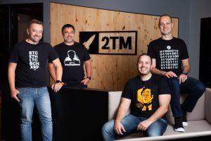 Comando da 2TM: da esquerda para direita: Roberto Dagnoni, Chairman do 2TM; Reinaldo Rabelo, CEO do MB; Maurício e Gustavo Chamati, fundadores da empresa (Foto: Divulgação/Mercado Bitcoin)