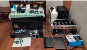 Equipamentos do argentino encontrados pela polícia (Foto: Divulgação)