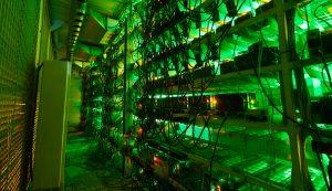Instalação industrial de mineração de criptomoedas (Foto: Shutterstock)