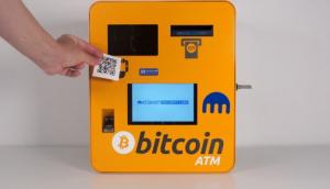 Caixas eletrônico de bitcoin modelo The General Bytes BATMtwo. (Foto: Kraken/Divulgação)