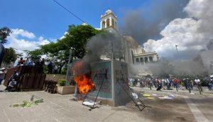Caixa de bitcoin queimado em El Salvador (Foto: reprodução/Twitter)