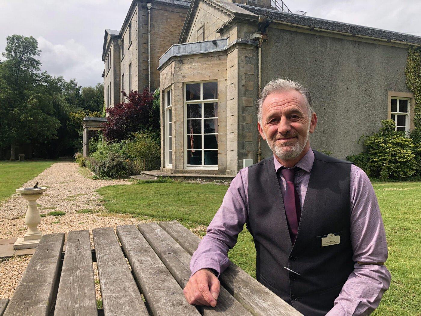 O terapeuta do Castle Craig, Anthony Marini, foi o primeiro a identificar uma ligação entre aposta e o vício em criptomoedas. (Foto: Decrypt)